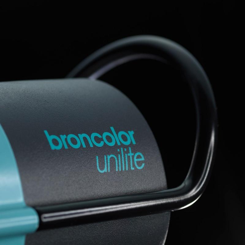Broncolor Unilite 3200J available to rent / verhuur / location at 50.8 Studio • Belgïe, Belgique, Belgium, Broncolor, Huur, Location, Louer, Photo, Rent, Rental, Strobe, Studio, Verhuur, Video