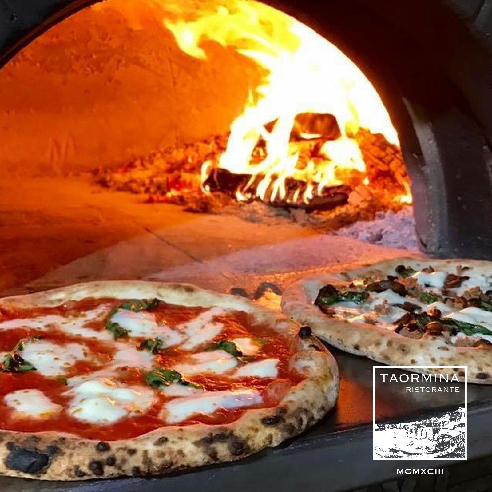 Pizza  available to rent / verhuur / location at 50.8 Studio • Belgïe, Belgique, Belgium, Hasselblad, Huur, Location, Louer, Photo, Rent, Rental, Strobe, Studio, Verhuur, Video